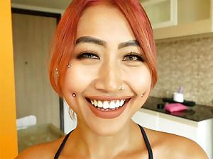 Kinky amateur Asian teen Fang blowjob and sex on camera